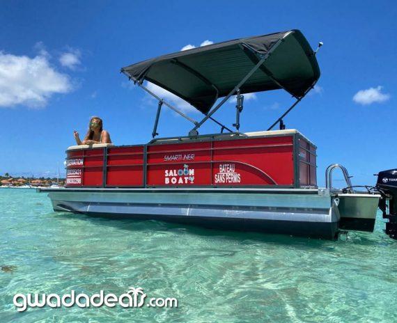 saloon boat guadeloupe